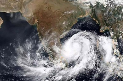 বাংলাদেশ ঘূর্ণিঝড় 'ইয়াস' থেকে অনেকটা ঝুঁকিমুক্ত