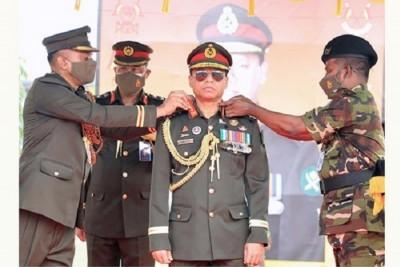 সাঁজোয়া কোরের 'কর্নেল কমান্ড্যান্ট' হিসেবে অভিষিক্ত হলেন সেনাবাহিনী প্রধান