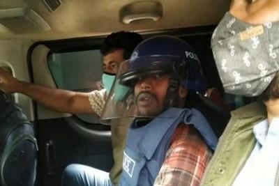 কক্সবাজারে আটক ইকবালকে কুমিল্লা পুলিশের কাছে হস্তান্তর